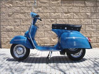 1969 restauré vespa 160 électronique