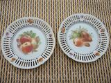 2 assiettes porcelaine