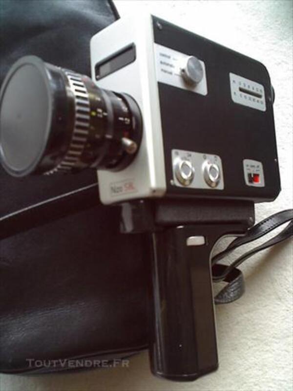 2 CAMERAS NIZO 8mm/Super8 Variogon avec accessoires 75696292