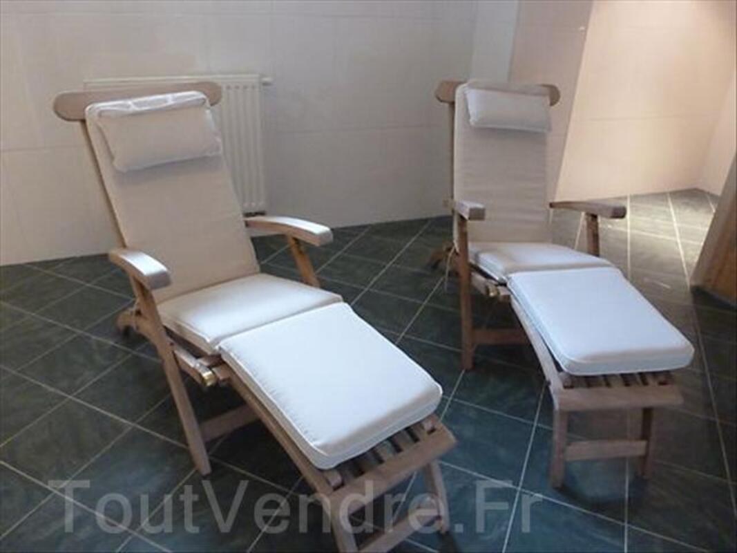 2 chaises en teck et table basse 64454315