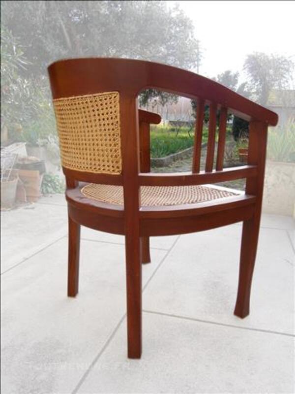 2 fauteuils ronds bois et cannage 83567201