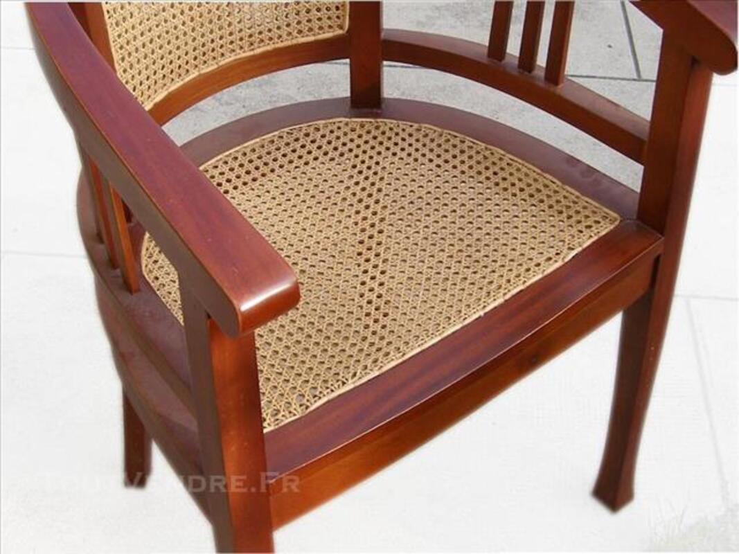 2 fauteuils ronds bois et cannage 83567210
