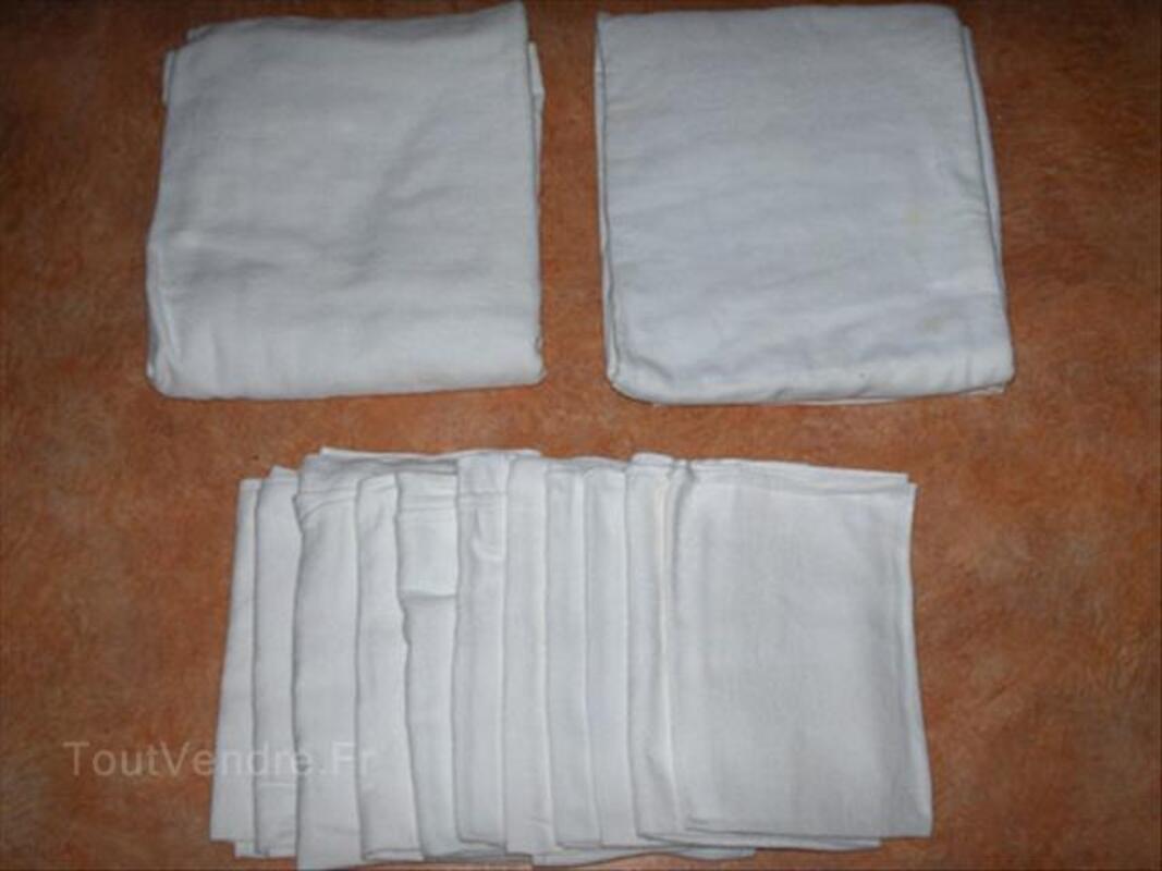 2 nappes blanches et 12 serviettes 55959130