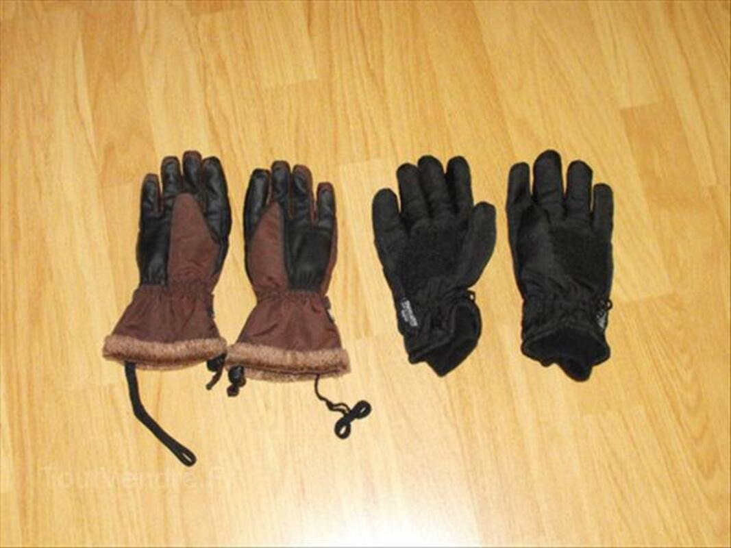 2 paires de gants de ski. 56471468