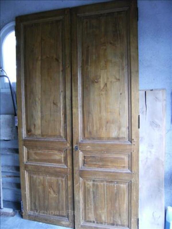 2 portes anciennes de placard 77539612