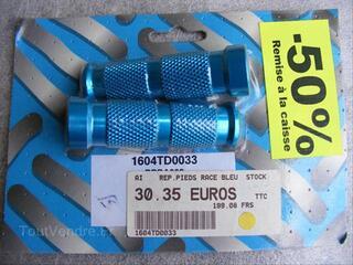 2 repose pieds « Race » Stock – Neuf - bleu  (pn40b)