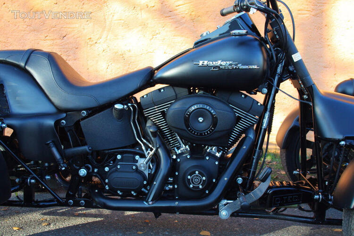 2009 Harley-Davidson FXSTB 435853427