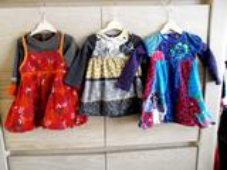 3 impeccables robes marque CATIMINI