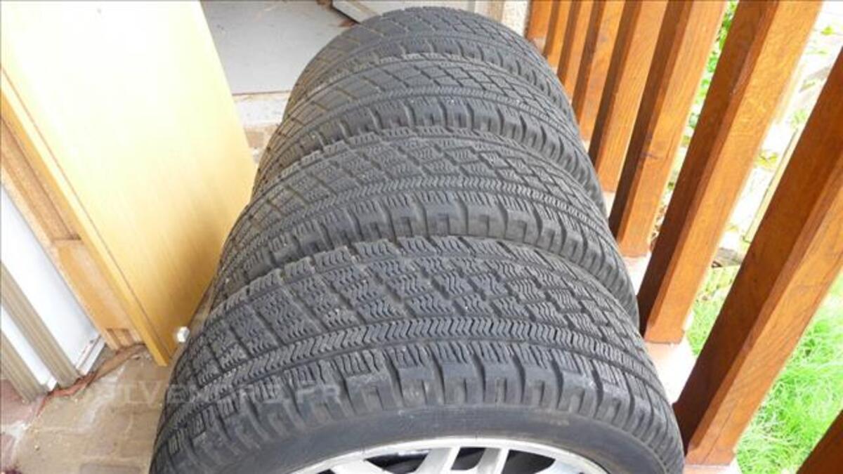 4 pneu hiver 205.50.16 sur jantes alu 84087086