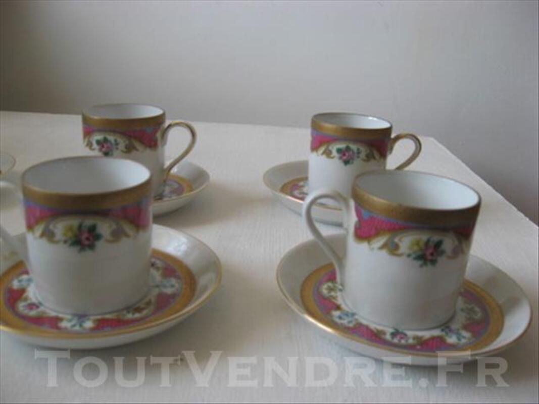 4 tasses et 6 sous-tasses en porcelaine de Bavière HERM 83089032