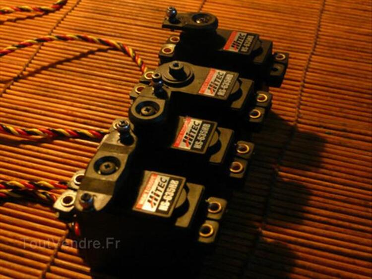 "4 X Servos Hitec HS 635 HB "" Fort Couple "" 54628962"