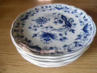 6 Assiettes à dessert en porcelaine fine oignon bleu