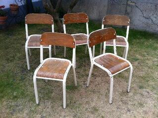 7 chaises d'ecole pour enfants 2 tailles disponible