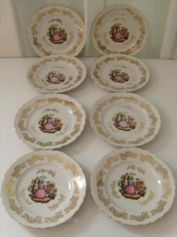 8 assiettes à dessert en porcelaine 85681203