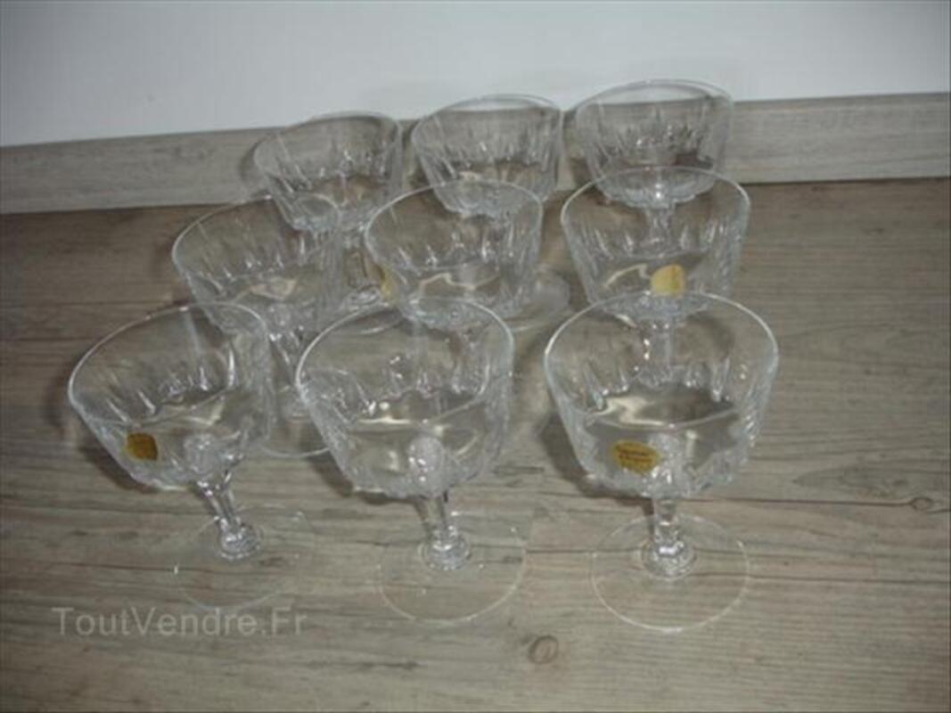 9 verres coupes champagne VERSAILLES Cristal d'Arques 66082108