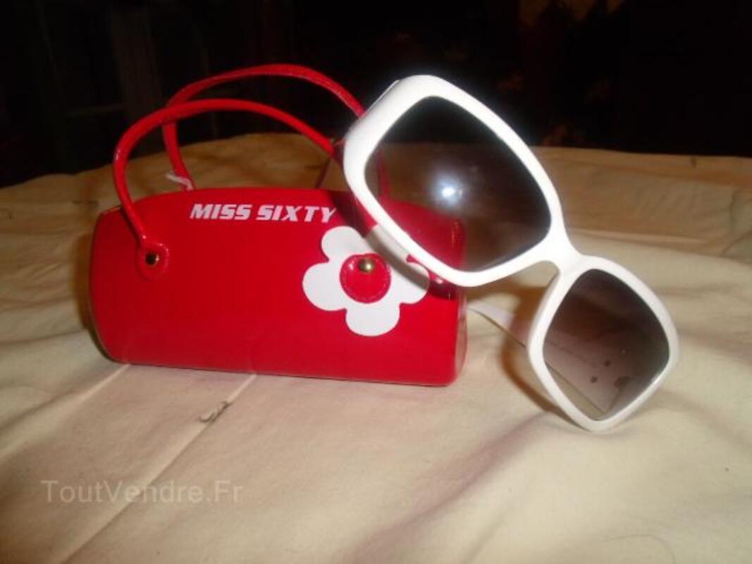 A saisir :lunettes miss sixtys blanches et noires 25821521
