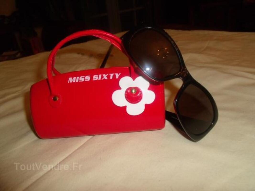 A saisir :lunettes miss sixtys blanches et noires 25821523