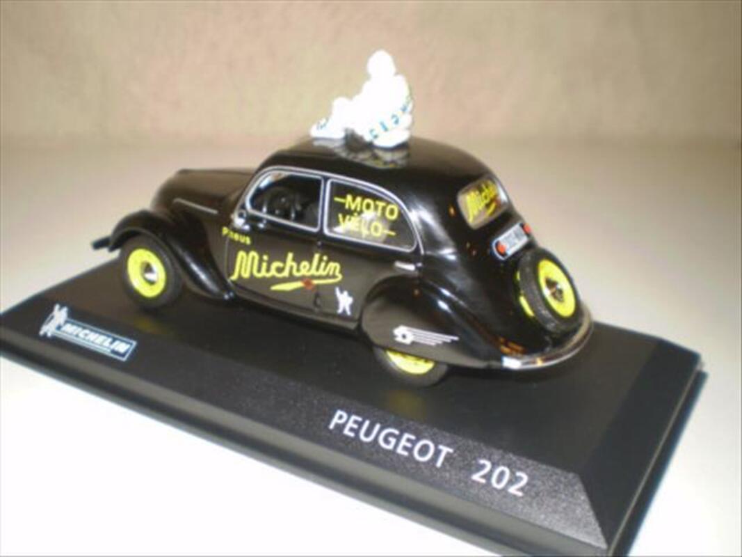 "A SAISIR Peugeot 202 ""Michelin moto vélo"" Altaya 88200222"