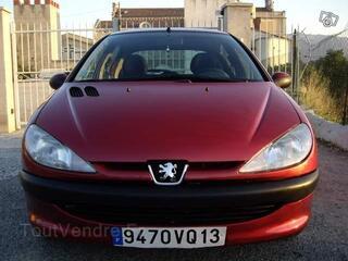 A saisir - Peugeot 206 1.4l essence 5cv