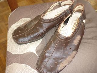 A SAISIR très belles chaussures cuir PRIBEL TBE