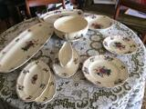 A vendre service de table en faience de sarreguemines