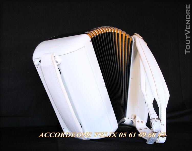 ACCORDEON ACCORDIOLA 012 Carbone Spécial Musette. 359401982