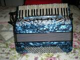 ACCORDEON PIANO FRATELLI CROSIO EXCELLENT ETAT