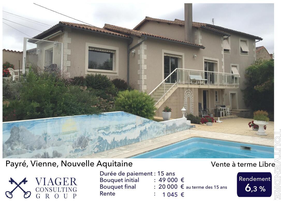 Accueillantes Maisons de 177 m2 proche de Vivonne - Poitiers 211431498