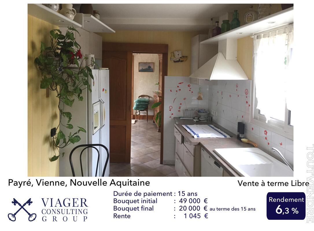 Accueillantes Maisons de 177 m2 proche de Vivonne - Poitiers 211431513