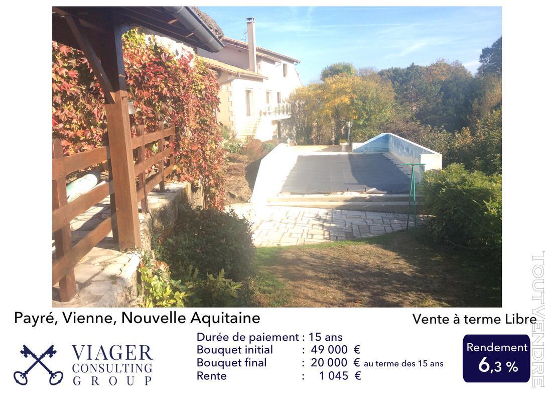 Accueillantes Maisons de 177 m2 proche de Vivonne - Poitiers 211431585