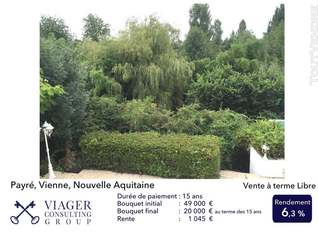 Accueillantes Maisons de 177 m2 proche de Vivonne - Poitiers 211431588
