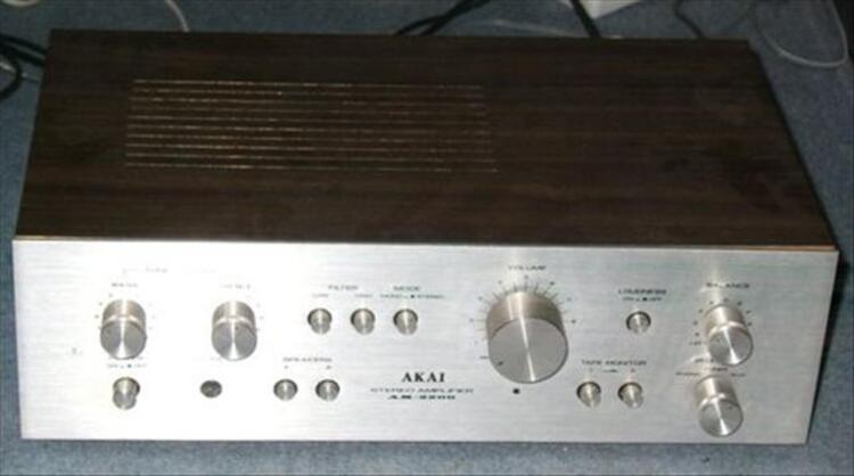 Ampli Amplificateur akai AM 2200 HIFI stereo vintage 54549734