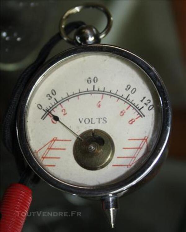 Ancien appareil de mesure électrique chromé voltemètre 120V 77258561