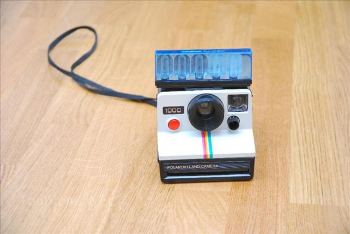Ancien appareil photo POLAROID 1000 vintage 67996387