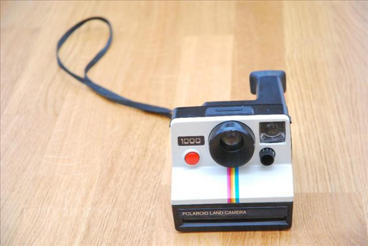 Ancien appareil photo POLAROID 1000 vintage 67996388