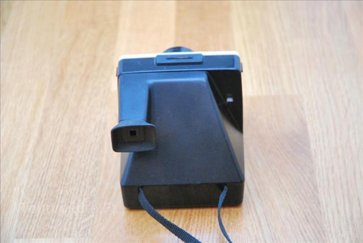 Ancien appareil photo POLAROID 1000 vintage 67996389