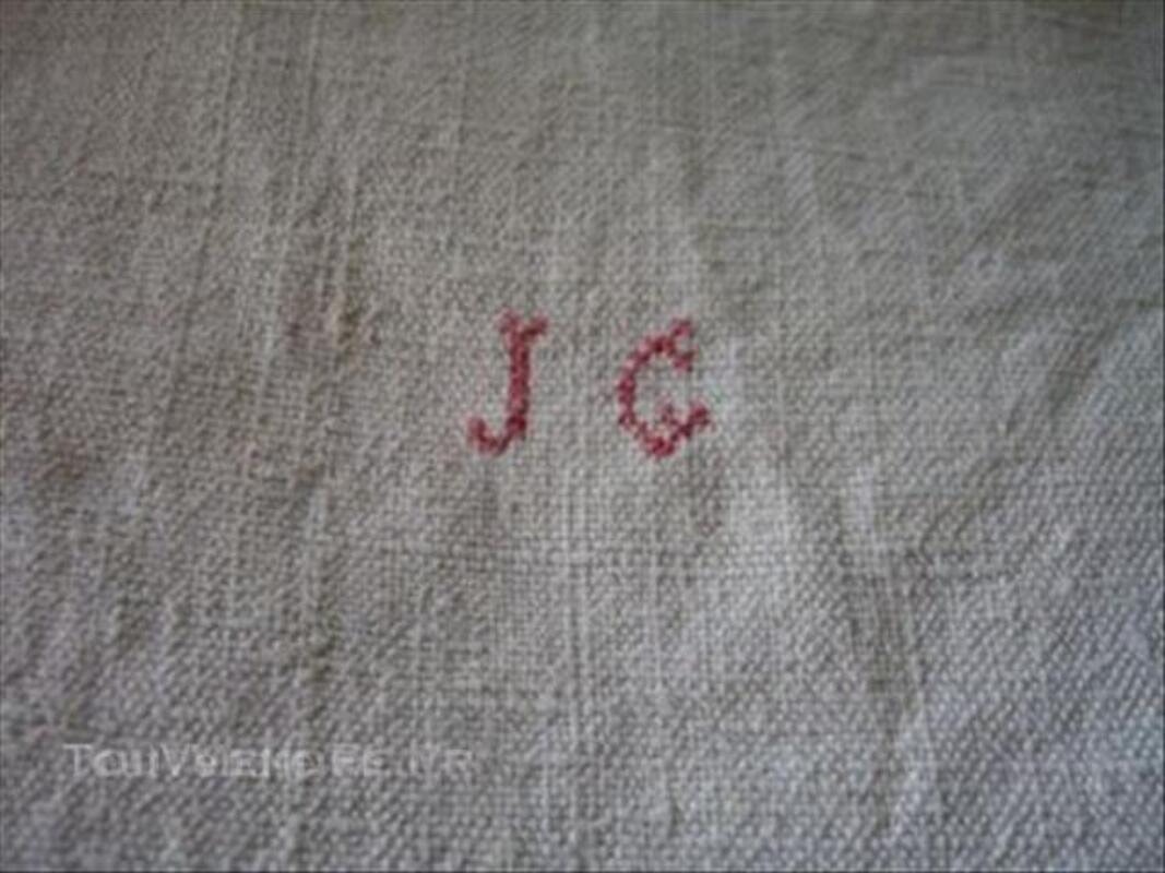 Ancien drap en chanvre, 178/250 en 2 lés, monogrammé JC 45567316