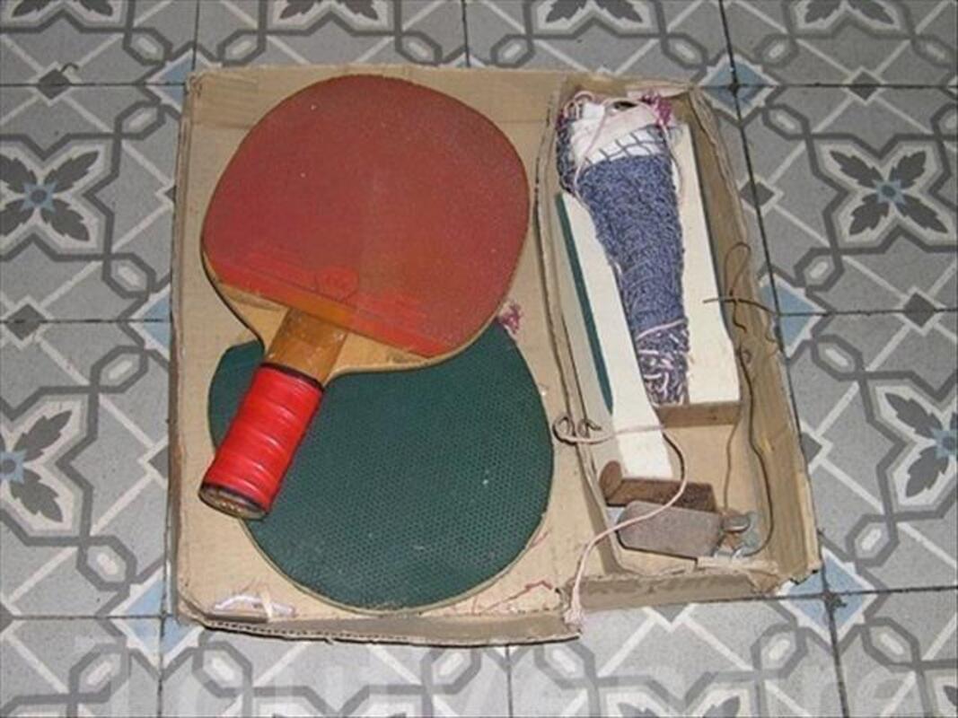 Ancien jeu de tennis de table REX en boite 88110484