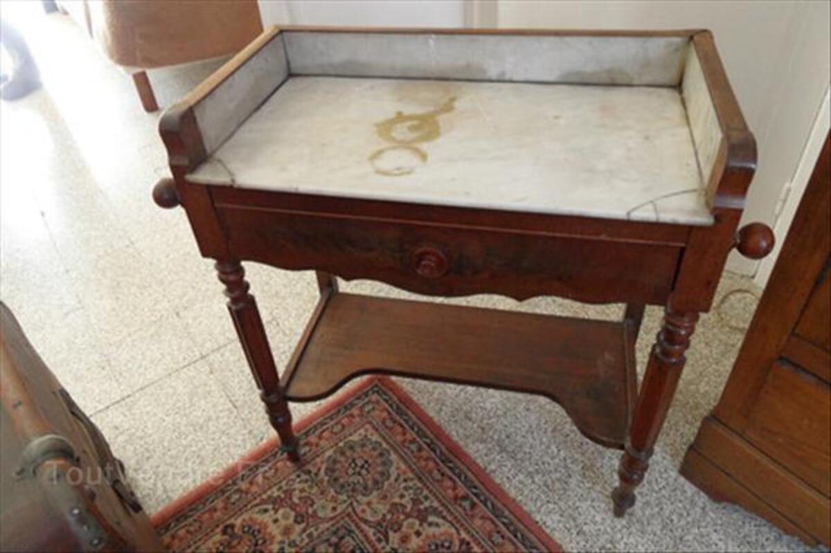 Ancien meuble de toilette 55995647