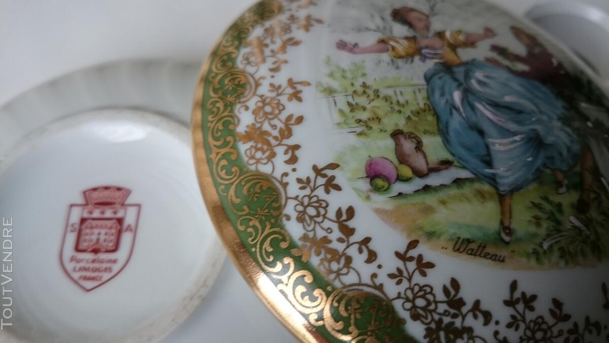 Ancienne Bonbonnière Watteau porcelaine très fine 126847533