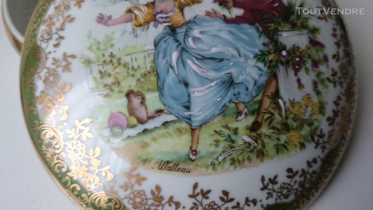 Ancienne Bonbonnière Watteau porcelaine très fine 126847534