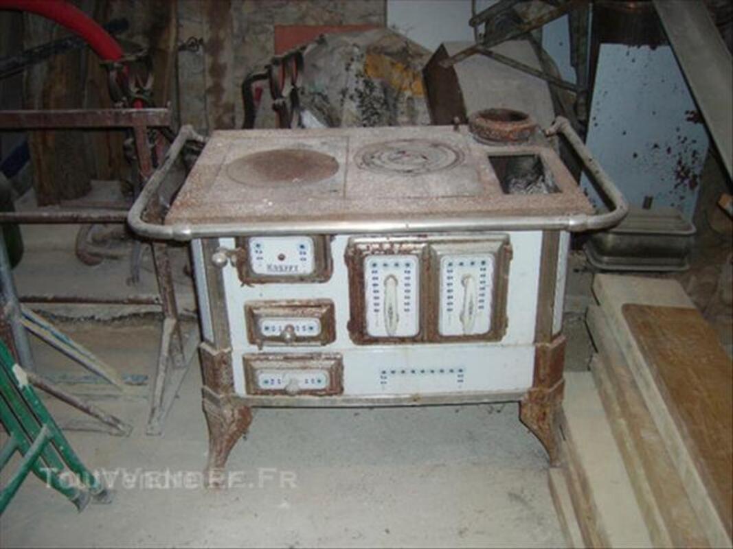 Ancienne cuisiniere en fonte ( KREFFT ) 45840236