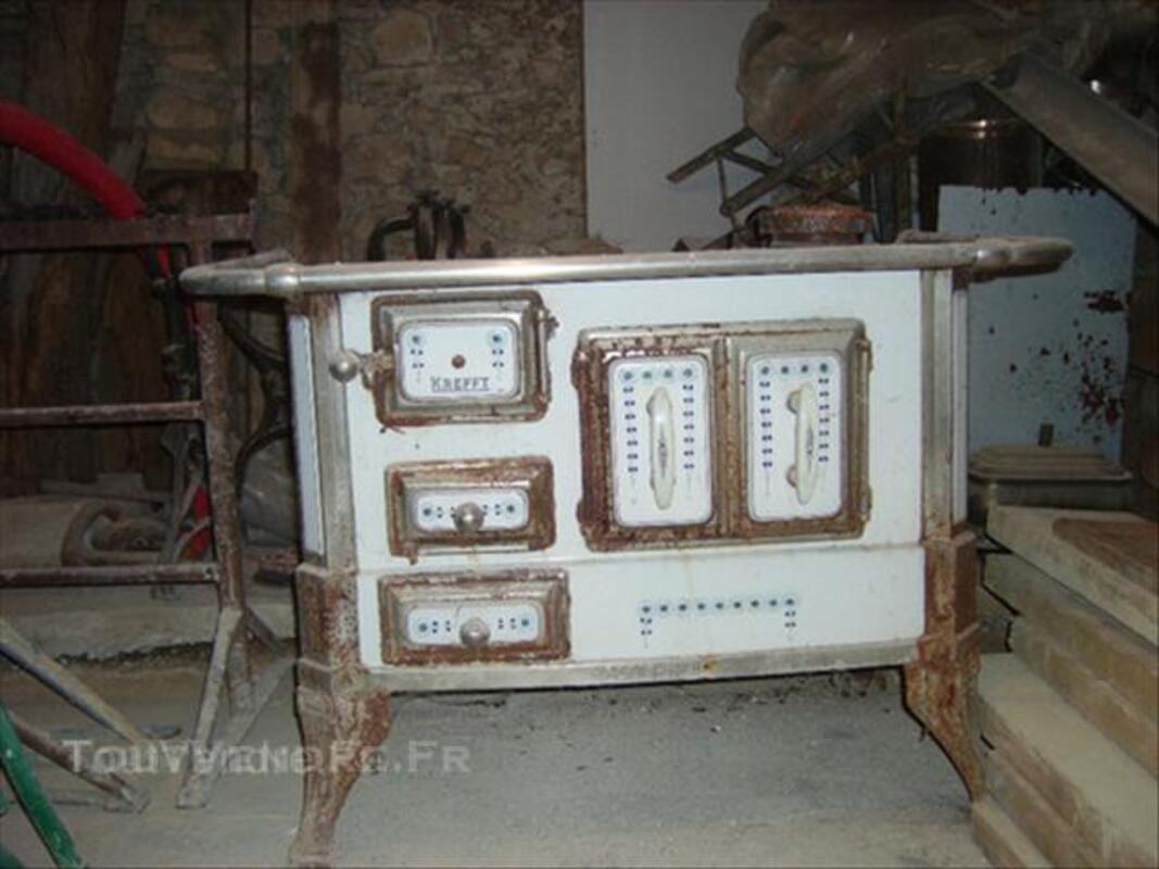Ancienne cuisiniere en fonte ( KREFFT ) 45840237