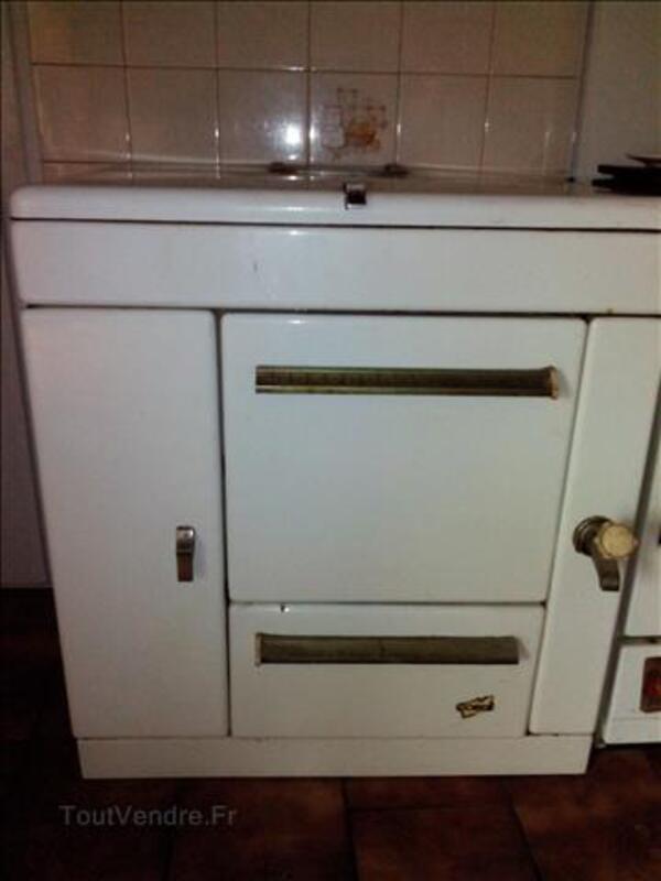 Ancienne cuisiniere 96630233