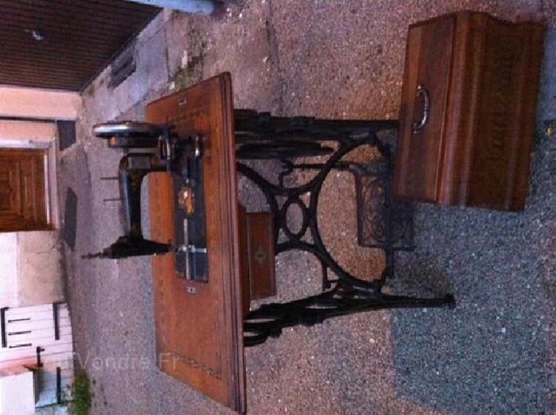 Ancienne machine à coudre Gritzner 96265751