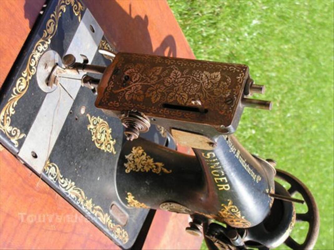 Ancienne machine à coudre singer 45535869