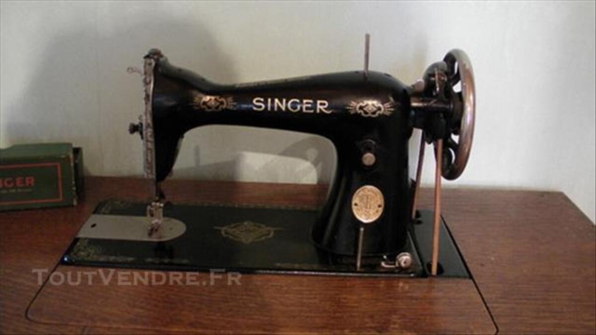 Ancienne machine à coudre SINGER 85670481