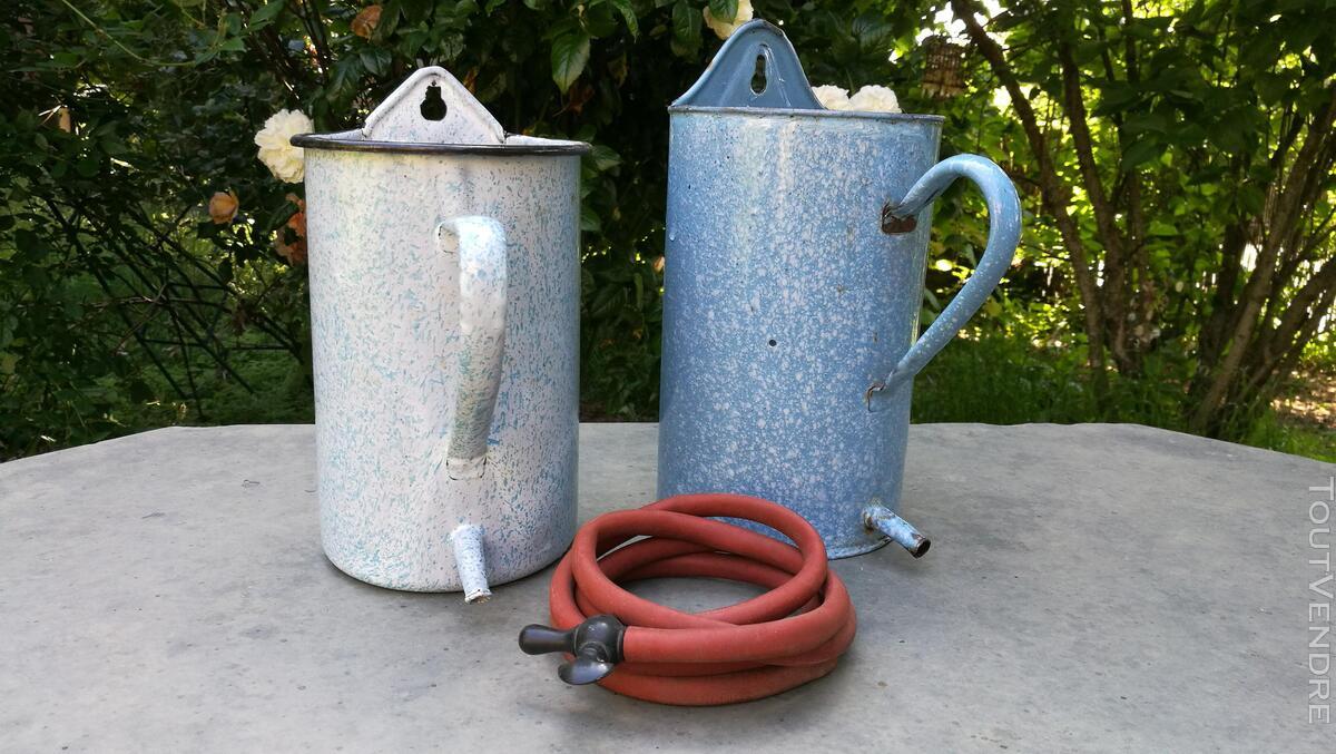Anciens Pots à lavement émaillés 518698082