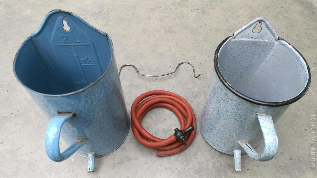 Anciens Pots à lavement émaillés 518698097