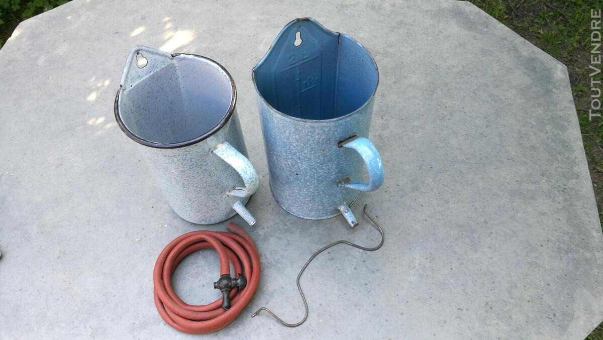 Anciens Pots à lavement émaillés 518698154